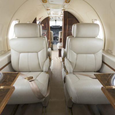 Lear-Jet-35-Interior-2-1400x934