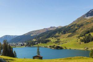 lake-davos-4495090_1280
